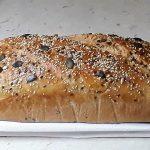 Mešani kruh s semeni