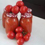 Domača paradižnikova omaka