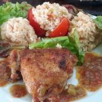 Piščančja bedra v zelenjavni omaki