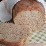 Domači mešani kruh