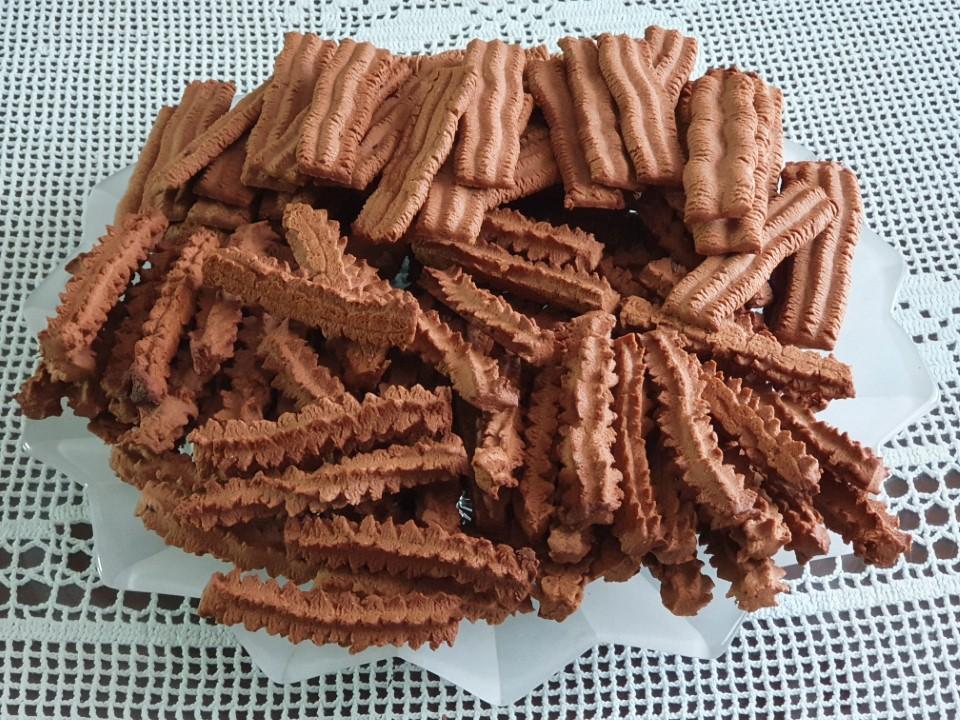 Strojni keksi s kakavom