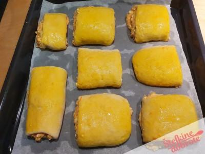 20 razrezeno pekac